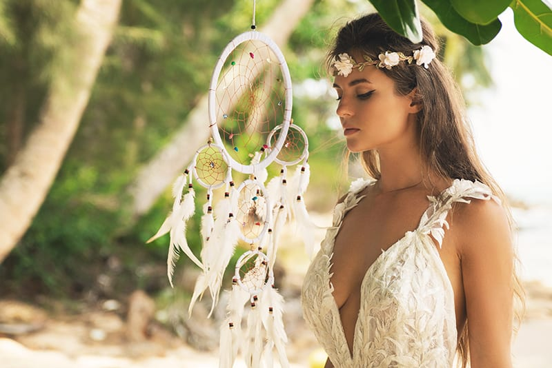 The Best Spray Tan For Your Wedding Day